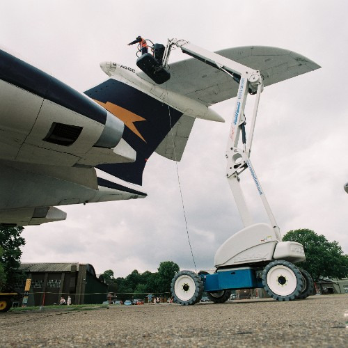 News Item: Essential Maintenance Works on Aircraft at Duxford by Rapid Platforms