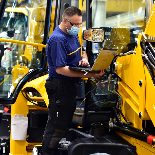 News item: Hundreds of New Jobs Up for Grabs as 1,000 Permanent Contracts Offered