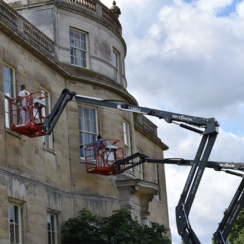 News Item: Star Platforms Provides Two Skyjack SJ46AJ Articulated Boom Lifts to Tyringham Hall in Buckinghamshire