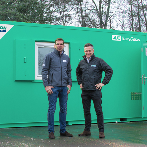 PRESS RELEASE: EasyCabin are ecstatic as their statics head north for Nixon Hire