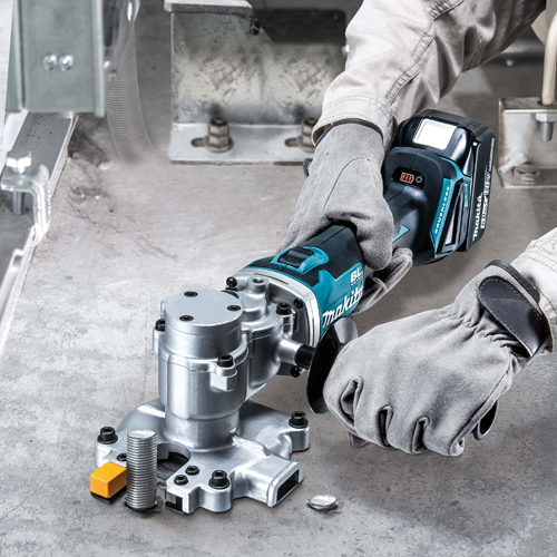 PRESS RELEASE: Makita Introduces Compact But Powerful Steel Rod Cutter