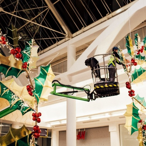 PRESS RELEASE: Star Platforms bring a Merry Christmas to Merry Hill